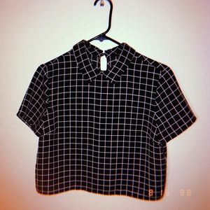 Black and white grid pattern top